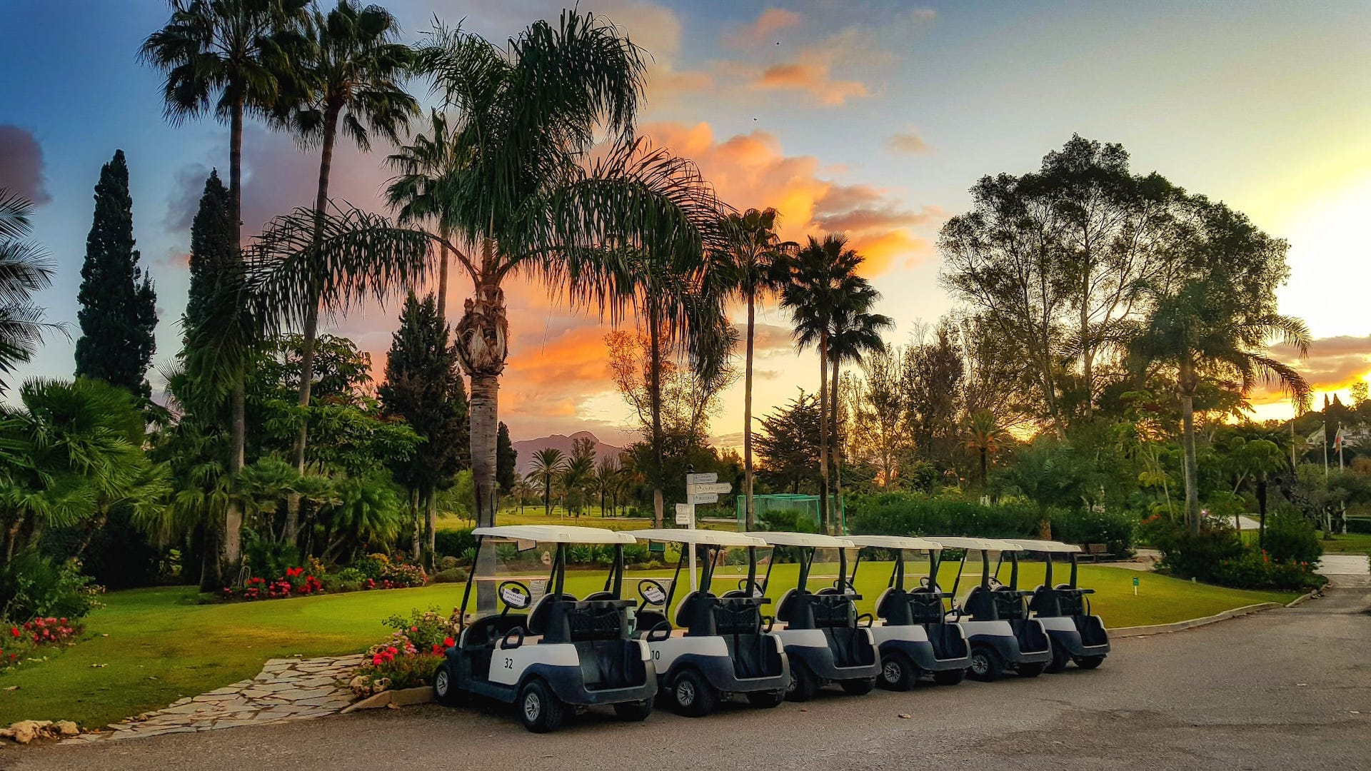 Club House - El Paraiso Golf - Estepona Malaga, Costa del Sol